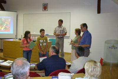 Najboljim razredom proglašen je 6b razred iz Osnovne škole Ljudevita Modeca iz Križevaca i nastavnica Stela Švehlet s 274 prikupljena uzorka