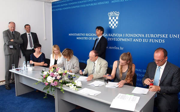 potpis sporazuma1